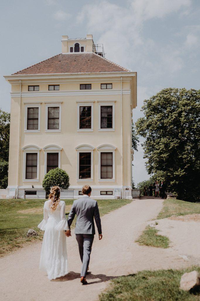 Hochzeit-Schloss-Luisium-Dessau-by-Steven-Schwanz-1