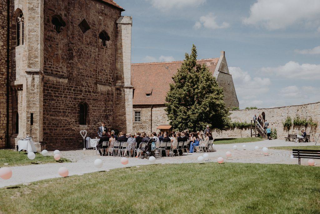 Hochzeit-Schloss-Neuenburg-by-Steven-Schwanz-14