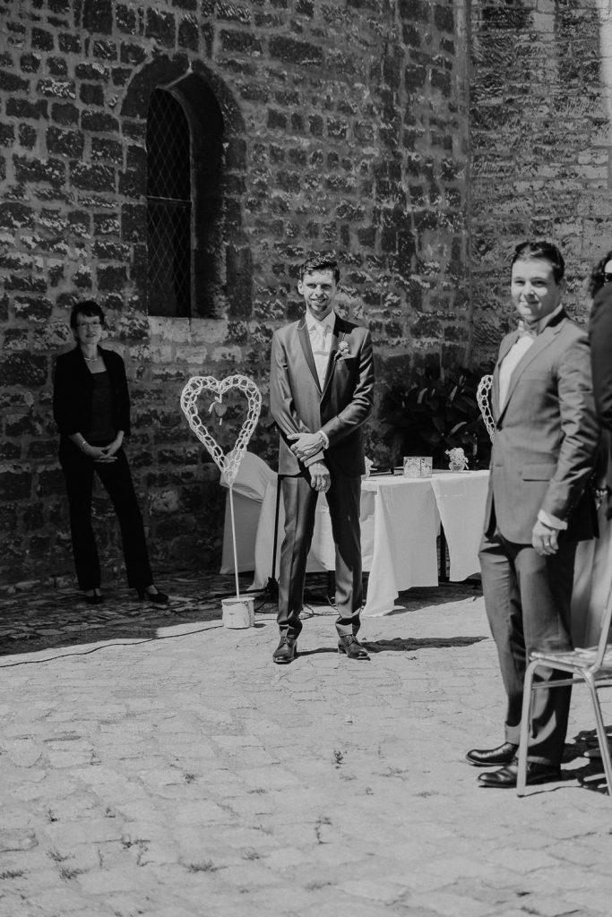 Hochzeit-Schloss-Neuenburg-by-Steven-Schwanz-15