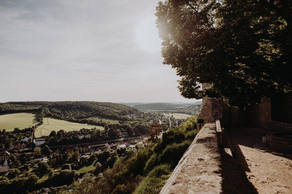 Hochzeit-Schloss-Neuenburg-by-Steven-Schwanz-2