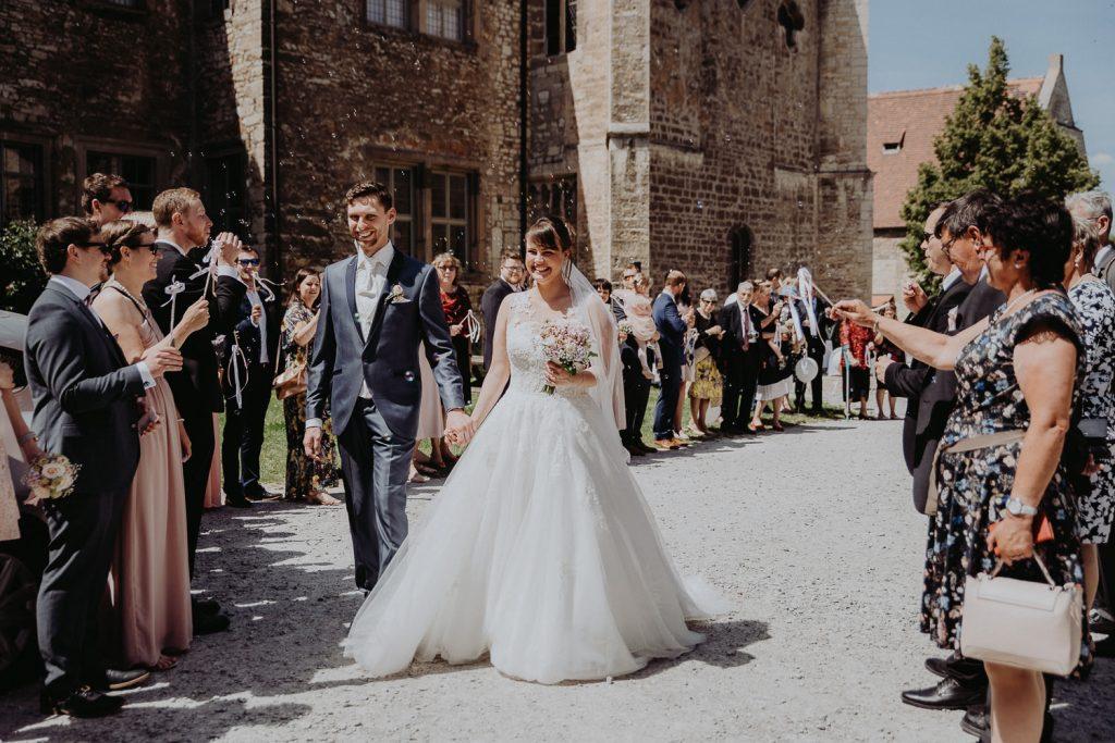 Hochzeit-Schloss-Neuenburg-by-Steven-Schwanz-33