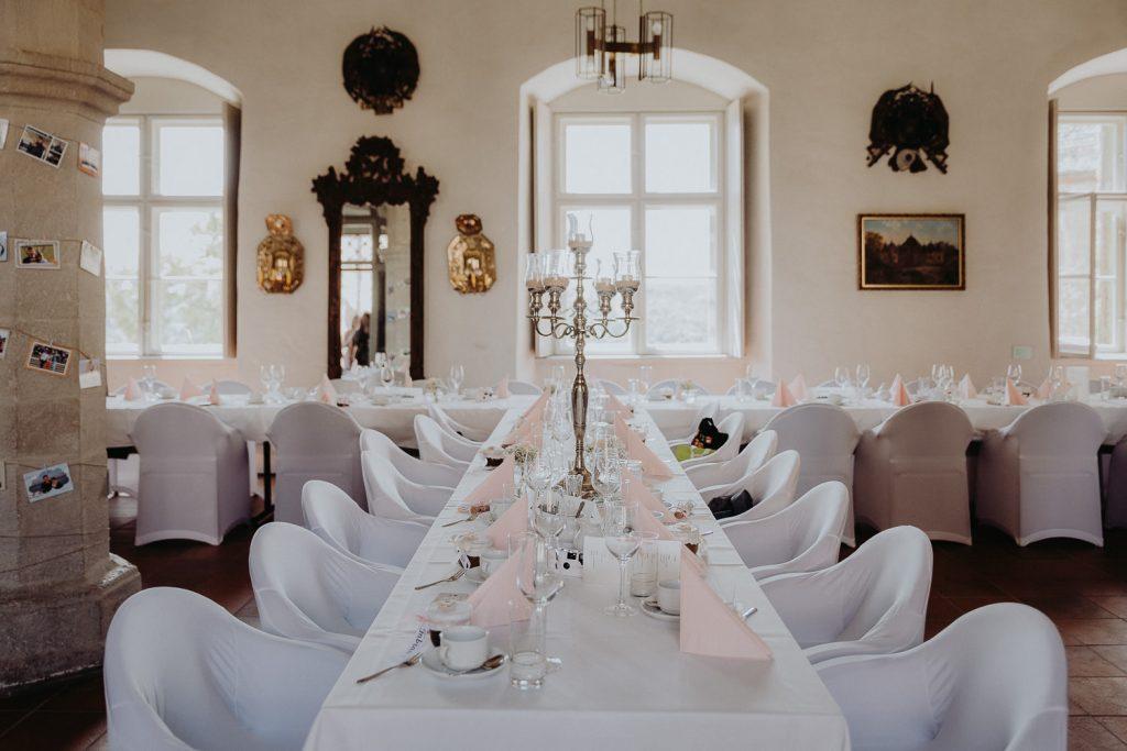 Hochzeit-Schloss-Neuenburg-by-Steven-Schwanz-39