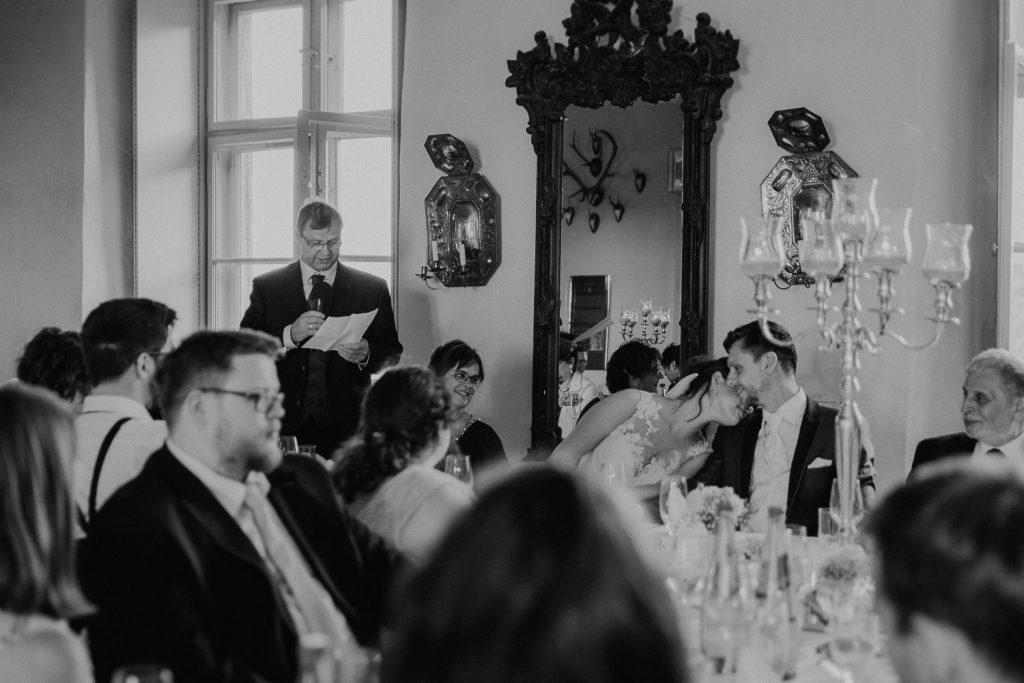 Hochzeit-Schloss-Neuenburg-by-Steven-Schwanz-80