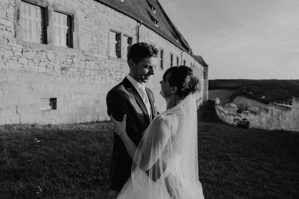 Hochzeit-Schloss-Neuenburg-by-Steven-Schwanz-86
