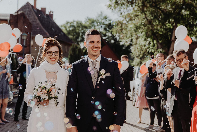 Kirchliche-Hochzeit-in-Wörlitz-Wörlitzer-Hof-by-Steven-Schwanz-116
