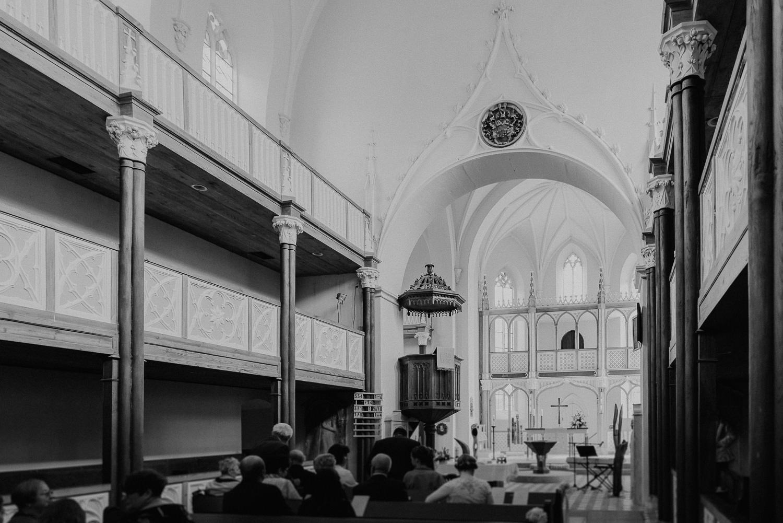 Kirchliche-Hochzeit-in-Wörlitz-Wörlitzer-Hof-by-Steven-Schwanz-13