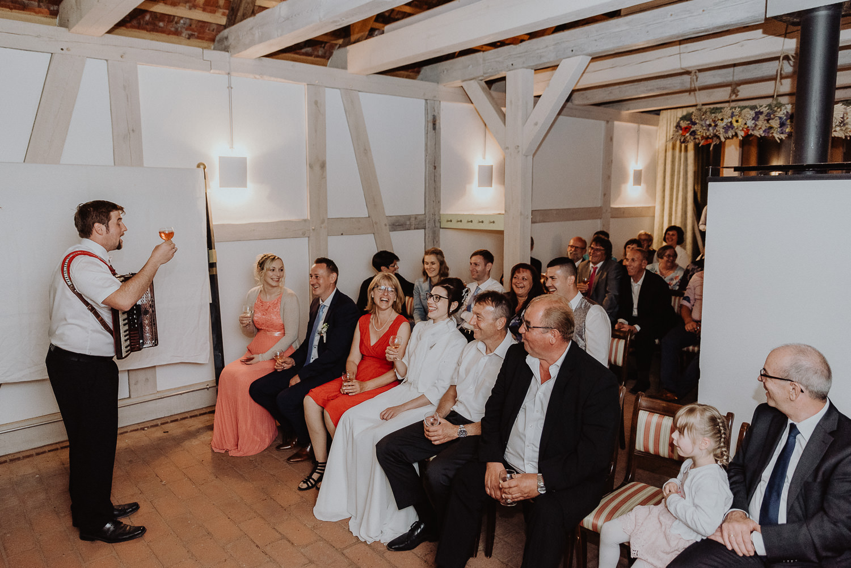 Kirchliche-Hochzeit-in-Wörlitz-Wörlitzer-Hof-by-Steven-Schwanz-152