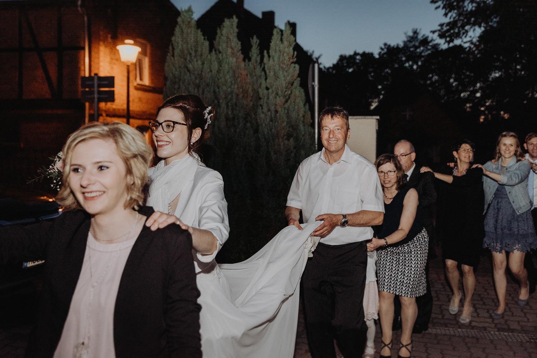 Kirchliche-Hochzeit-in-Wörlitz-Wörlitzer-Hof-by-Steven-Schwanz-154