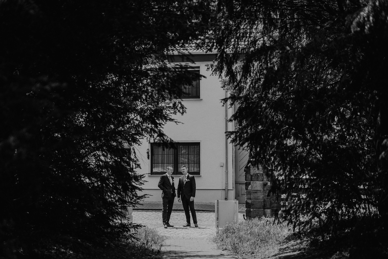 Kirchliche-Hochzeit-in-Wörlitz-Wörlitzer-Hof-by-Steven-Schwanz-2