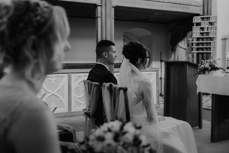 Kirchliche-Hochzeit-in-Wörlitz-Wörlitzer-Hof-by-Steven-Schwanz-27