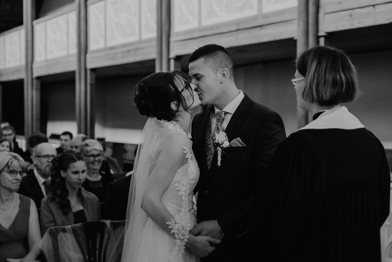 Kirchliche-Hochzeit-in-Wörlitz-Wörlitzer-Hof-by-Steven-Schwanz-37