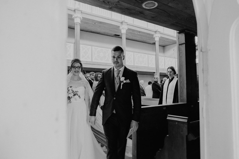 Kirchliche-Hochzeit-in-Wörlitz-Wörlitzer-Hof-by-Steven-Schwanz-44