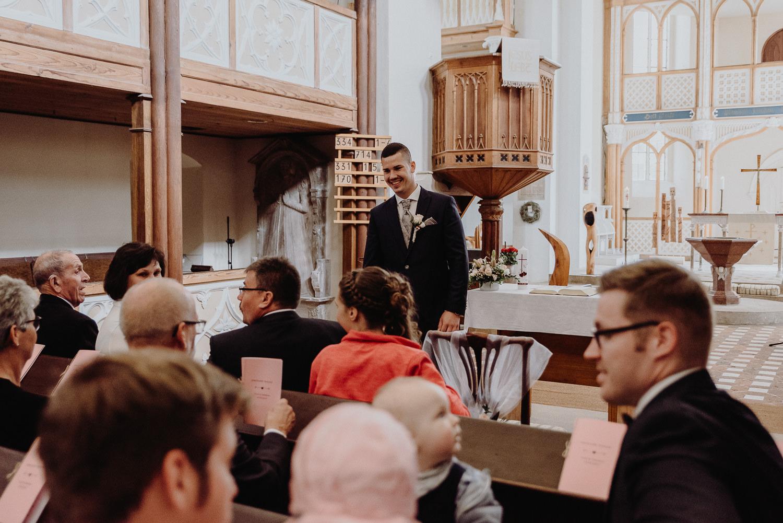 Kirchliche-Hochzeit-in-Wörlitz-Wörlitzer-Hof-by-Steven-Schwanz-5