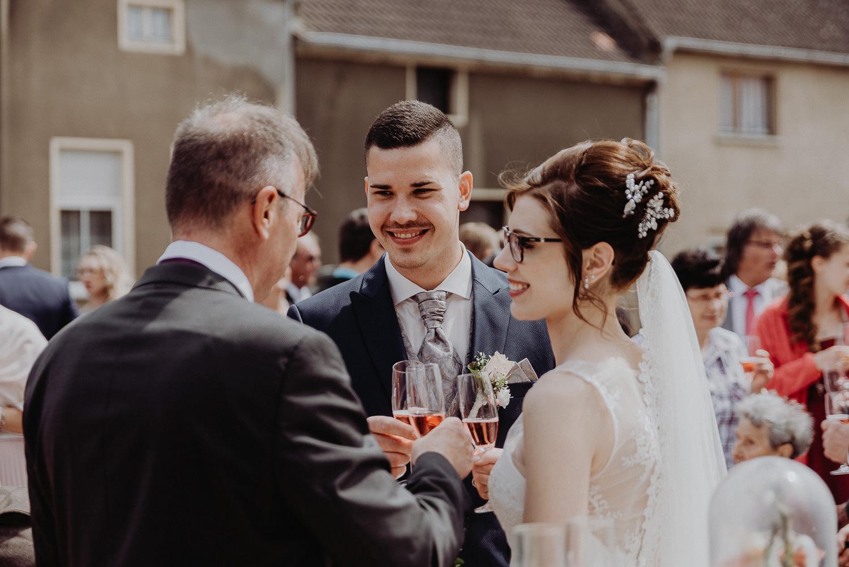 Kirchliche-Hochzeit-in-Wörlitz-Wörlitzer-Hof-by-Steven-Schwanz-55