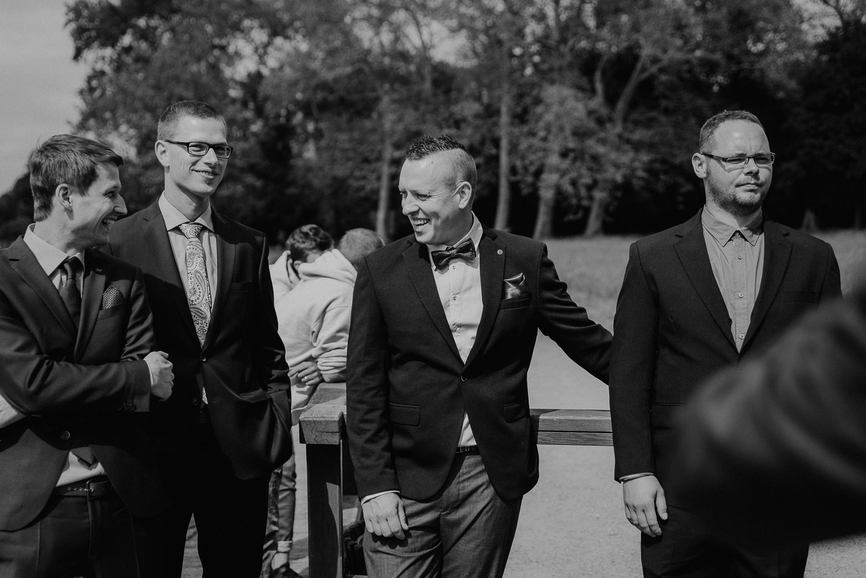 Kirchliche-Hochzeit-in-Wörlitz-Wörlitzer-Hof-by-Steven-Schwanz-58