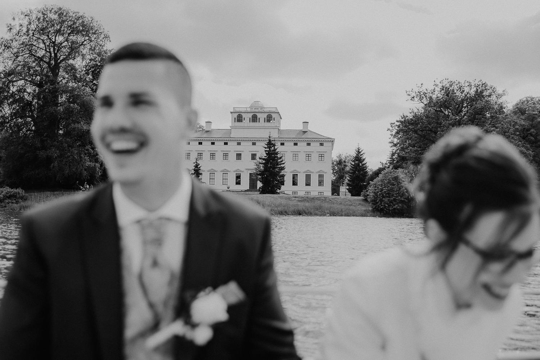 Kirchliche-Hochzeit-in-Wörlitz-Wörlitzer-Hof-by-Steven-Schwanz-63