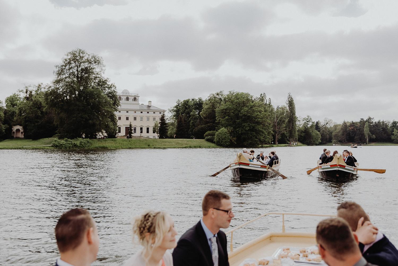 Kirchliche-Hochzeit-in-Wörlitz-Wörlitzer-Hof-by-Steven-Schwanz-65