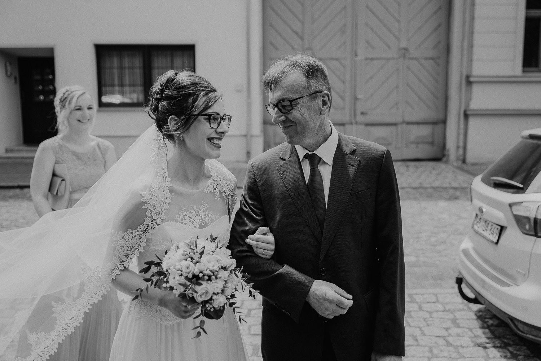 Kirchliche-Hochzeit-in-Wörlitz-Wörlitzer-Hof-by-Steven-Schwanz-8