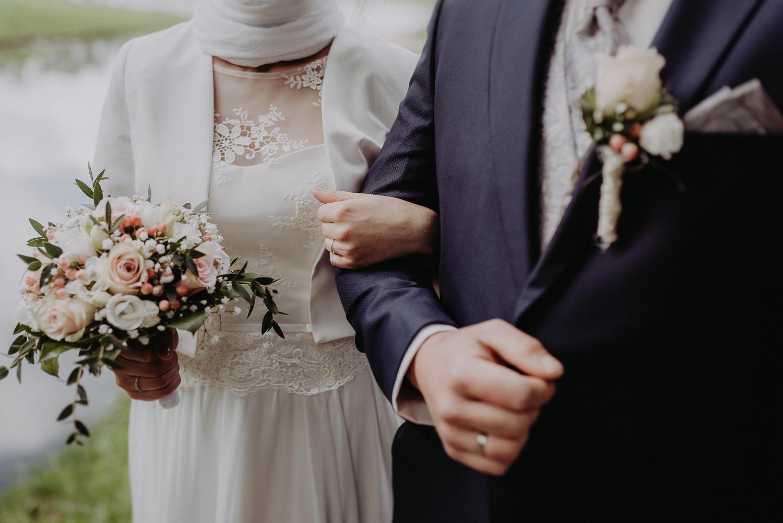 Kirchliche-Hochzeit-in-Wörlitz-Wörlitzer-Hof-by-Steven-Schwanz-82