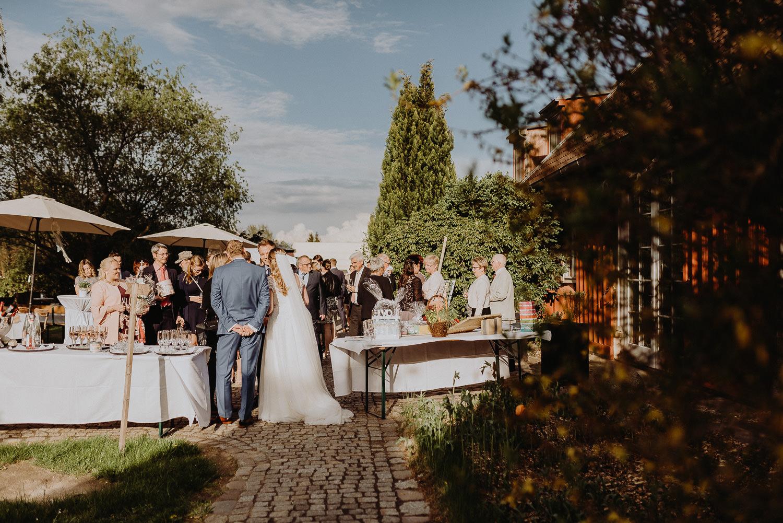 Scheunen-Hochzeit-Alte-Schmiede-Niemegk-by-Steven-Schwanz-107