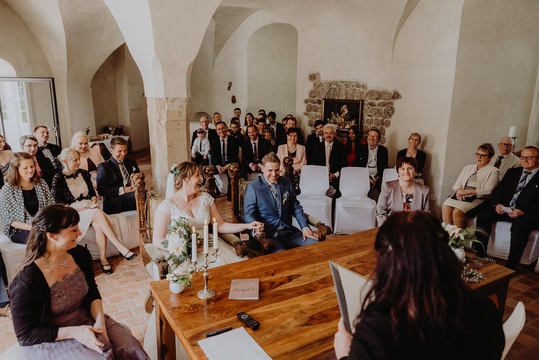 Scheunen-Hochzeit-Alte-Schmiede-Niemegk-by-Steven-Schwanz-24