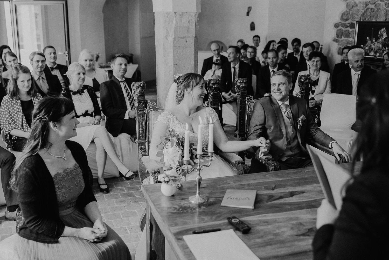 Scheunen-Hochzeit-Alte-Schmiede-Niemegk-by-Steven-Schwanz-25