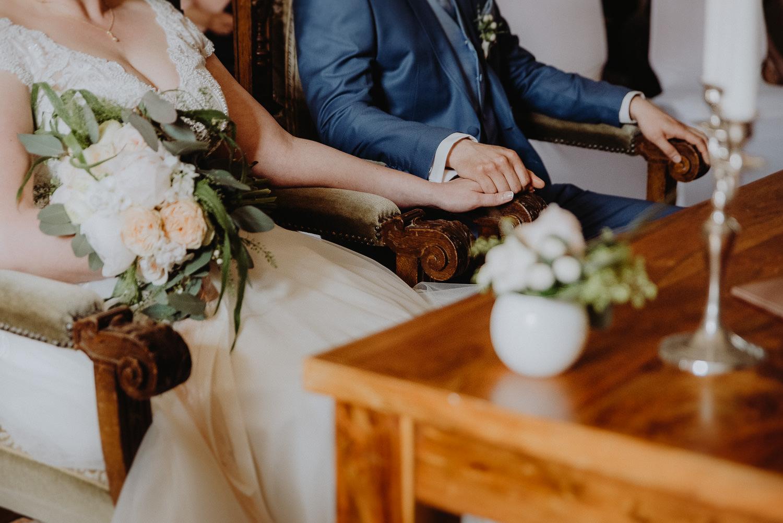 Scheunen-Hochzeit-Alte-Schmiede-Niemegk-by-Steven-Schwanz-26