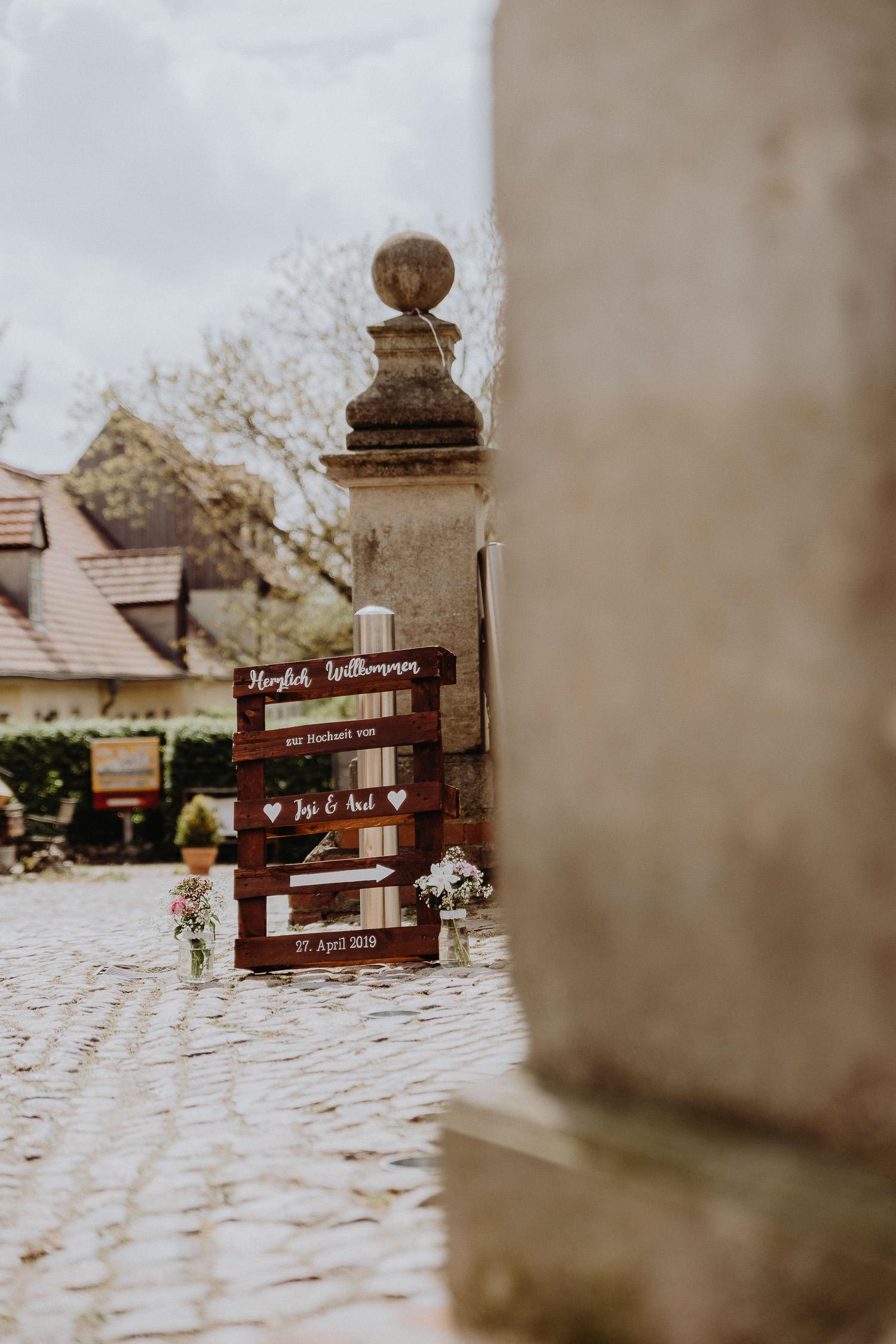Scheunen-Hochzeit-Alte-Schmiede-Niemegk-by-Steven-Schwanz-3