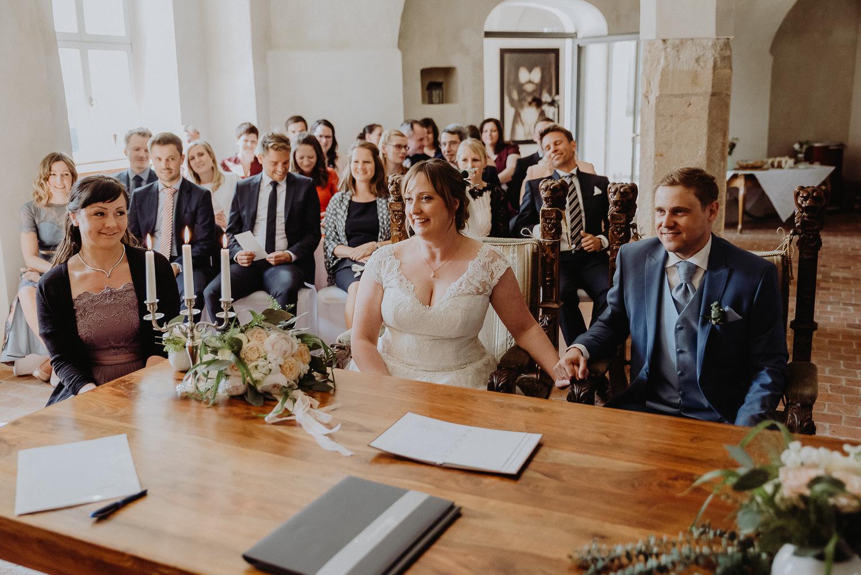 Scheunen-Hochzeit-Alte-Schmiede-Niemegk-by-Steven-Schwanz-36