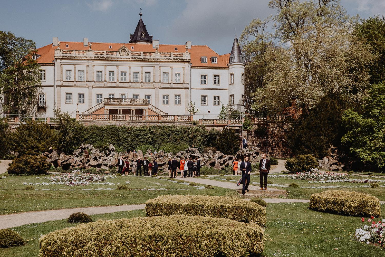 Scheunen-Hochzeit-Alte-Schmiede-Niemegk-by-Steven-Schwanz-47
