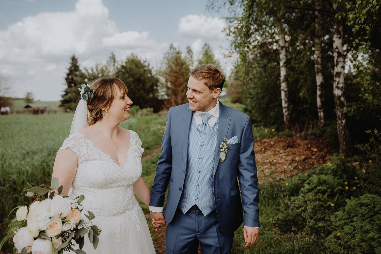 Scheunen-Hochzeit-Alte-Schmiede-Niemegk-by-Steven-Schwanz-67