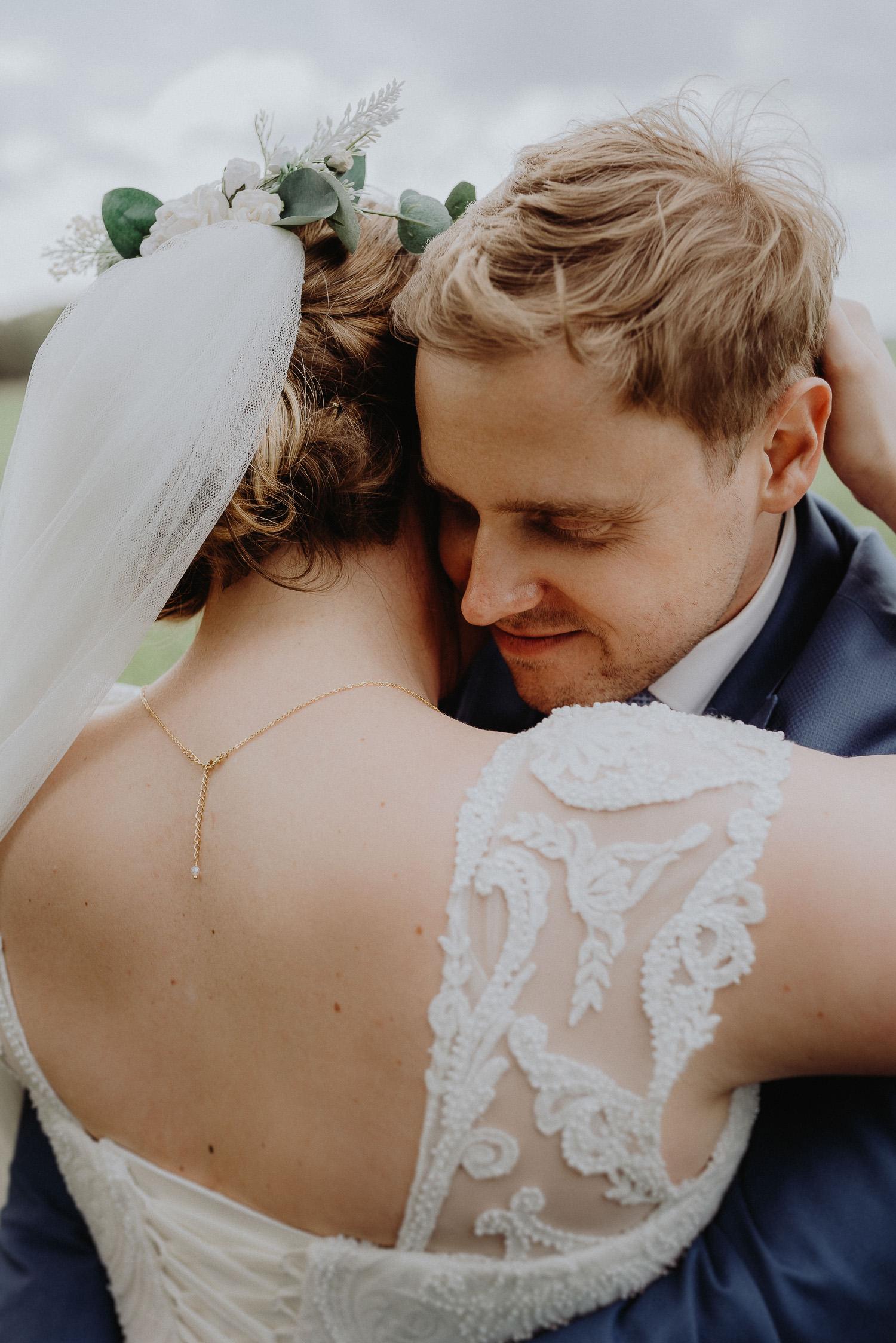 Scheunen-Hochzeit-Alte-Schmiede-Niemegk-by-Steven-Schwanz-75