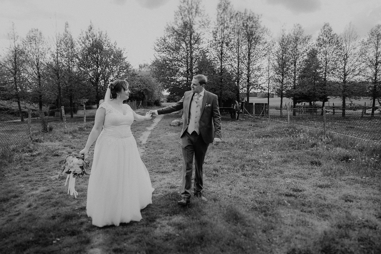 Scheunen-Hochzeit-Alte-Schmiede-Niemegk-by-Steven-Schwanz-85