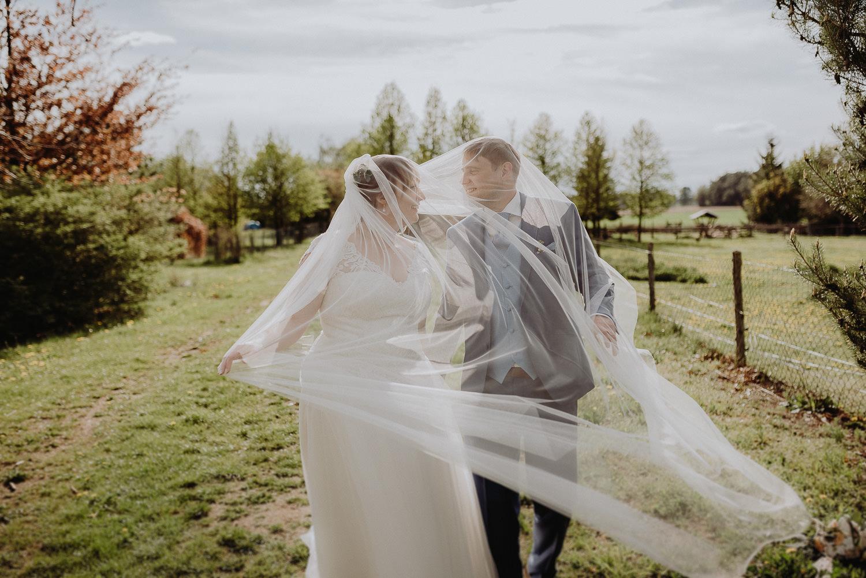 Scheunen-Hochzeit-Alte-Schmiede-Niemegk-by-Steven-Schwanz-92